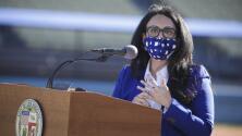 """""""La recuperación de esta pandemia es muy importante, especialmente para las mujeres y las mujeres de color"""": Nury Martínez, posible próxima alcaldesa interina de Los Ángeles"""