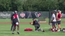 Houston Texans inician la pretemporada y Deshaun Watson asiste en medio de la polémica