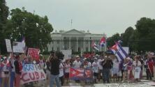 El exilio cubano vuelve a marchar en las calles de Washington para pedir apoyo a los deseos de libertad