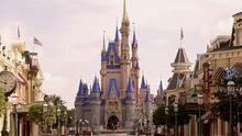 Vuelve el uso obligatorio de mascarillas en los parques de Disney en California y Florida