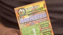 Entregan pasaporte y matrícula consular a inmigrante mexicano ganador de lotería de California