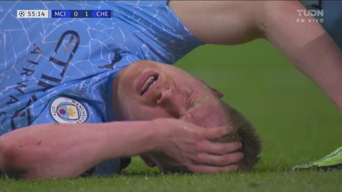 ¡Tremendo moretón en el ojo! De Bruyne sale tras encontronazo con Rüdiger