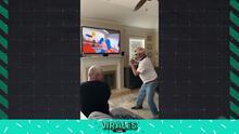 Abuelito es noqueado por la Play Station