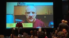 El doctor Joseph Varón gana premio humanitario de la ciudad de Houston
