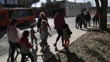 ¿De qué tratan los posibles cambios a las reglas de asilo en EEUU? Una experta lo explica