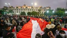 Seguidores de Keiko Fujimori y Pedro Castillo marchan en Lima, Perú, ante la incertidumbre por las elecciones