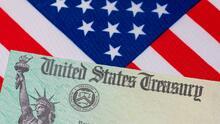 El IRS envía 2 millones de cheques de estímulo: todavía puedes pedirlo presentando una declaración de impuestos